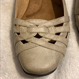 Life Stride Shoes - Ladies Life Stride soft system flats. Size 9M NEW